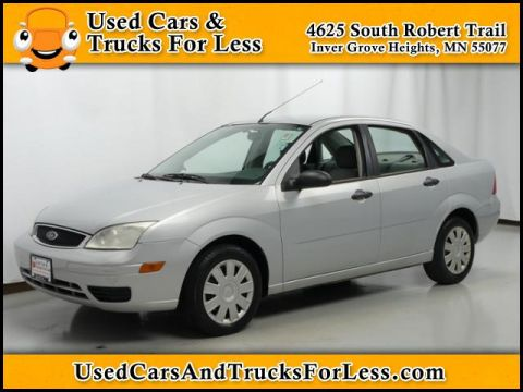 Pre-Owned 2005 Ford Focus S FWD 4dr Car