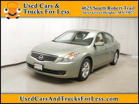 Pre-Owned 2007 Nissan Altima  FWD Sedan