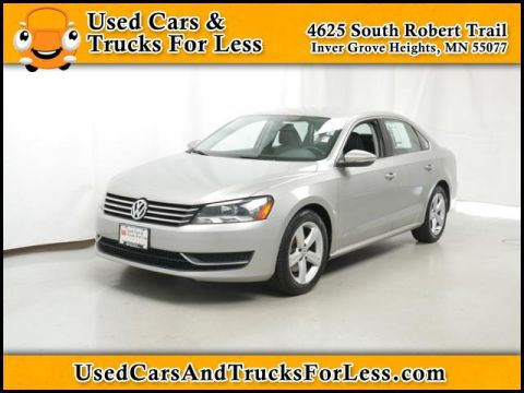 Pre-Owned 2012 Volkswagen Passat  Front Wheel Drive 4dr Car
