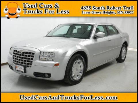 Pre-Owned 2006 Chrysler 300 Touring RWD 4dr Car
