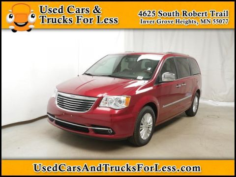 Pre-Owned 2014 Chrysler Town & Country  FWD Minivan/Van