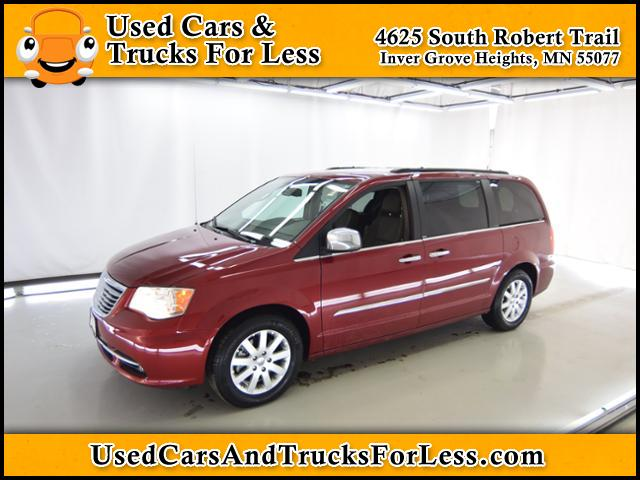 Pre-Owned 2012 Chrysler Town & Country Touring-L FWD Mini-van Passenger