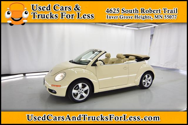 Pre-Owned 2006 Volkswagen New Beetle Convertible  FWD 2dr Car