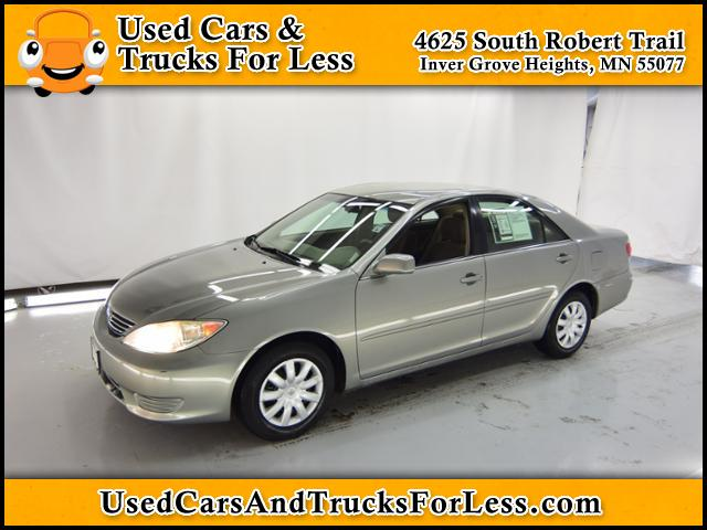 Pre-Owned 2005 Toyota Camry LE FWD 4dr Car